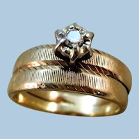 VINTAGE 10k  Yellow Gold Wedding Set  with a nice Diamond