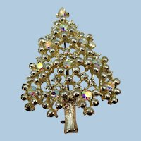 VINTAGE Eisenburg Ice Christmas Tree  White and Gold Traditional Brooch