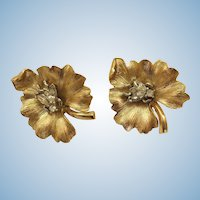 VINTAGE Alfred Philippe Taifari's Clip Earrings Fly On Flower