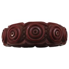 VINTAGE 40'S Deeply Carved Brown Bakelite Bracelet