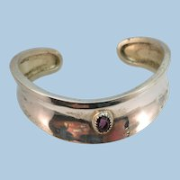 VINTAGE Sterling (tested) Wrist Cuff Bracelet with Shiny Amethyst