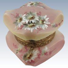 VINTAGE Wavecrest Box by C.F Monroe   Beautifully Painted Daisies  Nakara