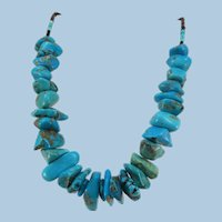 VINTAGE Classic Short Large Turquoise Nugget Necklace