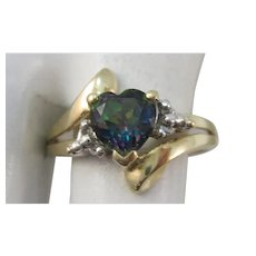VINTAGE  Synthetic Alexandrite Heart  10K Yellow Gold Ring Size 7