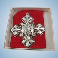 VINTAGE Reed and Barton Christmas Decoration Sterling Cross 1976