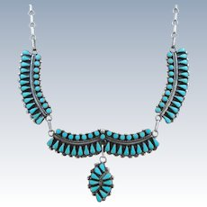 VINTAGE Zuni Made Beautiful Turquoise  Necklace Won Blue Ribbon at Gallup PowWow  Dainty