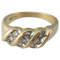 VINTAGE Yellow Gold 9 Diamond Size 10 3/4