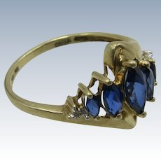 VINTAGE 10k Yellow Gold Ring with Sapphires and diamonds
