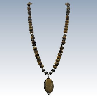 VINTAGE Tiger-Eye Necklace with Silver Beads and Pendant
