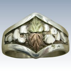VINTAGE Sterling Ring with Black Hills Gold Leaves  Size  Tight 10