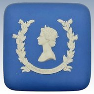 VINTAGE Wedgwood Trinket Box Featuring Queen Elizabeth