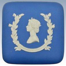 VINTAGE Wedgwood Trinket Box Featuring Queen Elizabeth