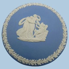 VINTAGE 70's Round Wedgwood Blue Trinket box