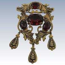 VINTAGE  40's Brooch With Dark Blood Red Settings