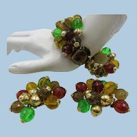 VINTAGE 50'S Early Plastic Jewelry  Bracelet and Earrings  Mint Condition