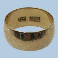 VINTAGE Grandmothers Wide 14K 7 1/2 Size  Gold Ring