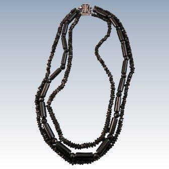 VINTAGE 60'S Three Strand Granny Necklace In Black Black Black