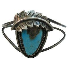VINTAGE Navajo Made Bracelet Sterling Nice Turquoise