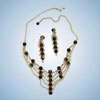 VINTAGE Unsign Beauty Rhinestone Necklace and Earrings