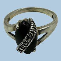 VINTAGE Sterling Ring with Onyx Oval and Marasite strip   Size 8