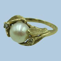 VINTAGE  Pearl Ring 14k Yellow Gold (tested) and two small Diamonds  Size 4 1/2