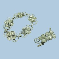 VINTAGE Sterling Flower Bracelet and Small Brooch   5 Sterling Links 7 inches