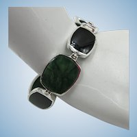 VINTAGE 8 Link Bracelet Green Marble and Onyx 7 1/2 Length