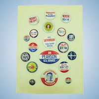 VINTAGE  Aunt Sally's Card of Political Buttons  19 different Pin-Backs