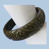 VINTAGE Spinach Bakelite Bracelet