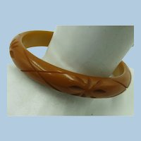 VINTAGE Bakelite Butterscotch Bracelet  Stars and Lines