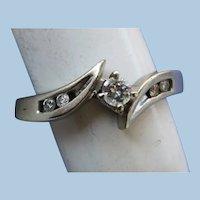 VINTAGE White Gold 10K Diamond Ring  Size  3 3/4  Very Pretty