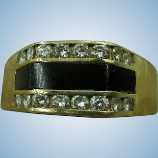 VINTAGE  Mens 14K Gold Ring with 16 Diamonds and Onyx  Set  Size 13