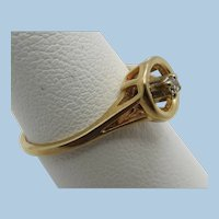 VINTAGE 14k Yellow Gold Pinkie Diamond  Ring  Size 6