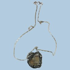 VINTAGE Agate  Surrounded with Rough Silver with Interesting 18 Inch Chain