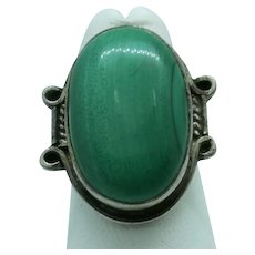 VINTAGE Sterling Malachite Ring  Pretty Green Size 7