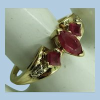 VINTAGE 10K yellow Gold Ruby Ring  Size 8 1/2