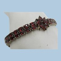 VINTAGE Double Row Sterling Silver Garnet Bracelet With Faceted Stones  and Flowers