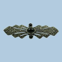 VINTAGE  Sterling Pretty Bow  With Bright Marcasite