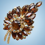 Dazzling Juliana DeLizza + Elster Stylized Leaf Brooch