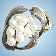 Vintage Cultured Saltwater Pearl 950 Silver Pin Brooch Stylized Design 10 Pearls Signed