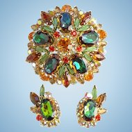 Juliana Green Heliotrope Domed Rhinestone Brooch Matching Clip Earrings Set DeLizza Elster Magnificent
