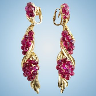 Rare NOS 1966 Crown Trifari Fuchsia Briolette Long Dangle Clip Earrings/ New Old Stock/ Jewels by Trifari/ Trifari Jewelry