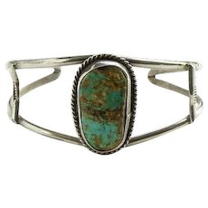 Vintage Southwestern Natural Turquoise Stone Cuff Bracelet in Sterling Silver