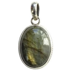 Vintage Labradorite Gemstone and 925 Sterling Silver Oval Necklace Pendant