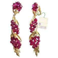 1960s Rare Crown Trifari Fuchsia Briolette Rhinestone Clip Earrings New Old Stock