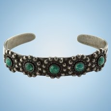 Vintage Fred Harvey Era Green Turquoise Cuff Bracelet Sterling Silver Thunderbird Stamp Decoration