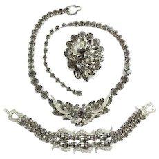 Vintage Weiss Black Diamond Smoke Gray Ice Rhinestone Parure Set Bib Necklace Bracelet Brooch 1950s Classic