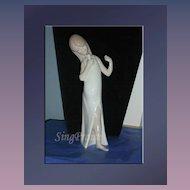 """Lladro Porcelain Treasure - HTF Retired """"Girl Singer"""""""