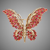 Trifari Fuchsia PINK Rhinestone Tallwing BUTTERFLY Pin & Sparkling Clear Accents with Gold-color plating