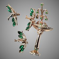 1946 Coro Bird at Fountain Pin & Screwpost Earrings Set